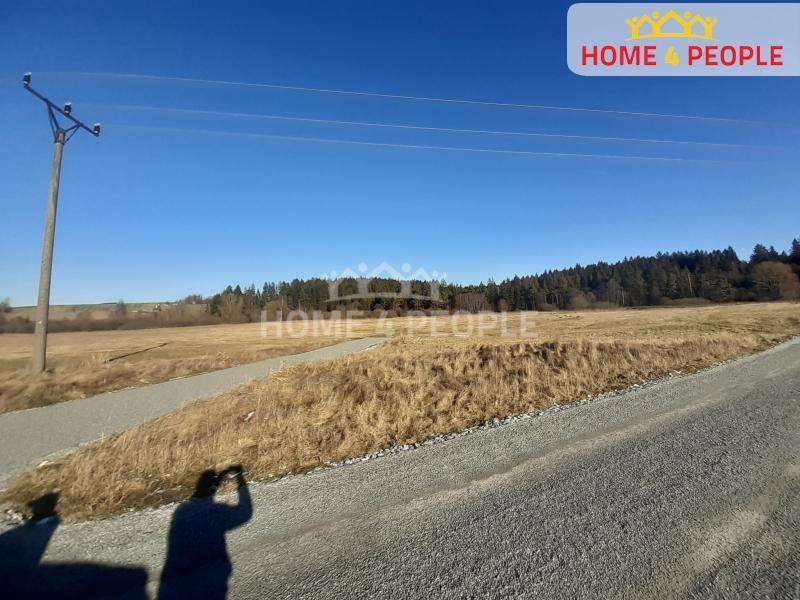 Prodej Pozemku o rozloze 9804 m2 v obci Černá v Pošumaví.